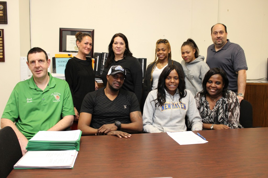 Quana Smith Signs