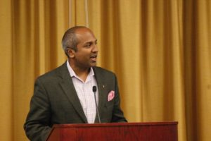 NYC Chief Digital Officer Sree Sreenivasan addresses student journalists at a lunchtime press conference.