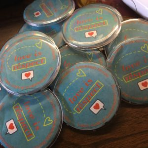 "#LoveIsRespect buttons for Peer Leaders/Healthy Relationship ""experts"""